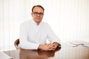 Dr. n. med. Tomasz Dębski